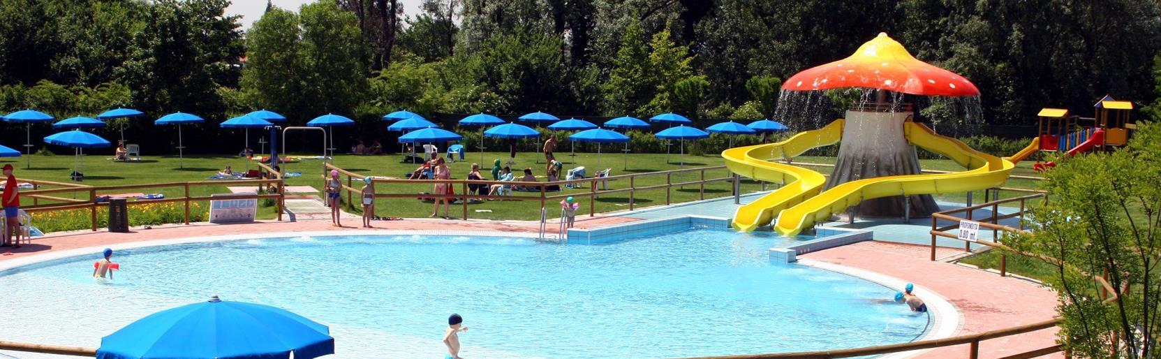 Immagini piscine simple facebook with immagini piscine - Del taglia piscine prezzi ...